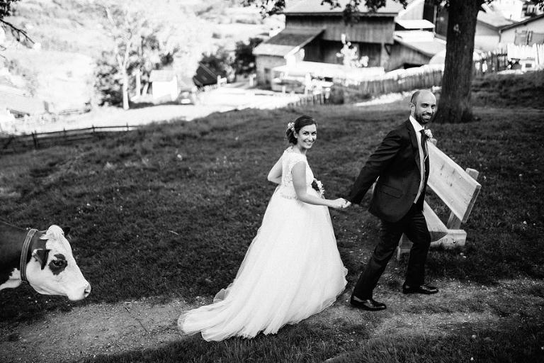 classico matrimonio fie allo sciliar fotografo moderno e creativo sudtirol