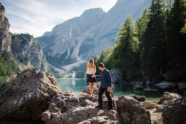 lago di braies sessione fotografica engagement photography